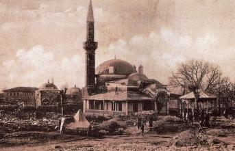 Osmanlı kent tarihi alanında kaleme alınan ilk eser: Enîsü'l-müsâmirîn