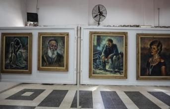 Gazze'de 'Toprak Günü' münasebetiyle resim sergisi düzenlendi