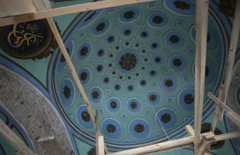'İzmir'in kalbi'ndeki 400 yıllık Hatuniye Camisi restore ediliyor