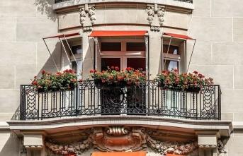 Baudelaire'in Le Balcon'u versus Sezai Karakoç'un Balkon'u