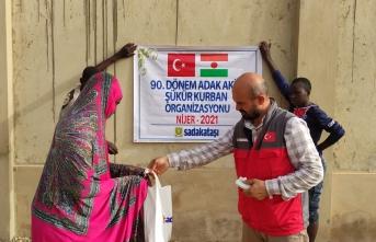 Sadakataşı Nijer'e Ramazan yardımı ulaştırdı