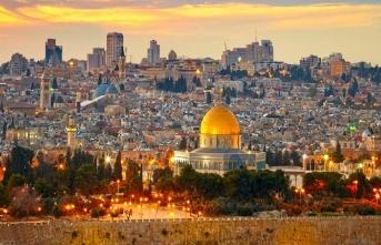 Bir itikat, mukaddesat ve şeâir konusu olarak: Kudüs