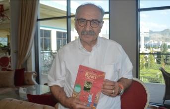 Yalvaç Ural: Çocuk edebiyatı bir kuyumcunun yüzüğe minik inciler kakması gibidir