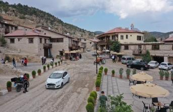 """""""Frigya'nın kalbi"""" Ayazini Köyü'ne ilgi arttı"""
