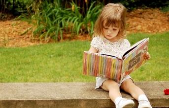 Kitapların ikliminde büyüyen şanslı çocuklar ve çocuk şiirleri bahsi