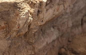 Çatalhöyük 9 bin yıl öncesine ait yeni izler sunmaya devam ediyor