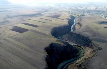 Çöpten arındırılan Akyaka Kanyonu'nun bir bölümü turizme kazandırıldı