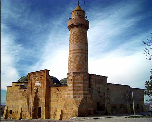 Alaaddin Camiinin kapısındaki sır ne?
