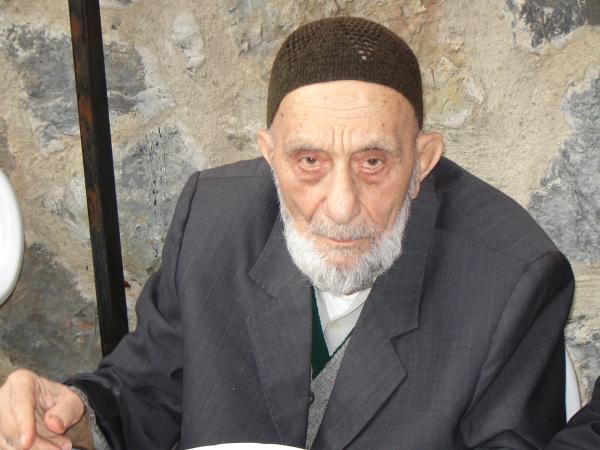 Halil Necati Coşan Amca yürüyen melekti
