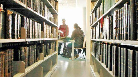 Hangi üniversitenin kütüphanesi 7/24 açık?