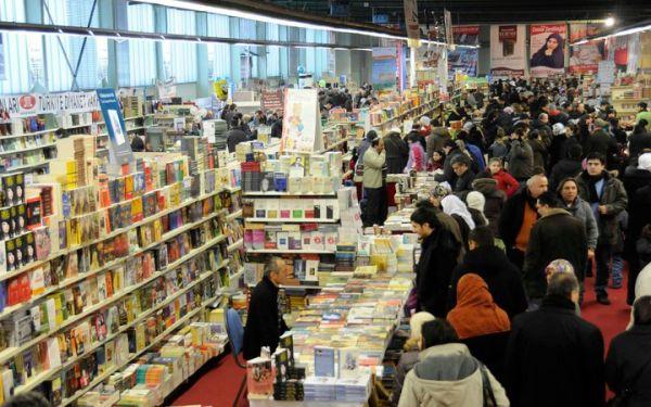 Duisburg'da hangi edebiyatçının kitabı aranmış?