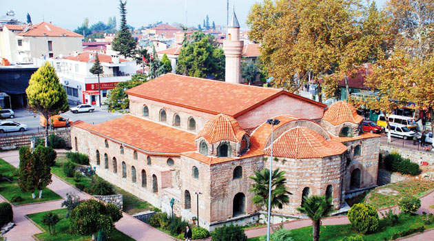 Dört Ayasofya'dan ikisi cami oldu