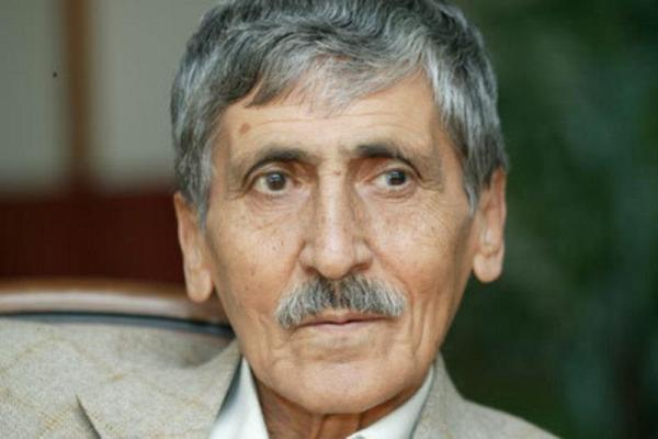 Abdurrahim Karakoç kimdir?