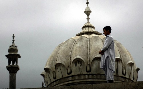 Kimlik tercihinde Müslüman kalabildik mi?