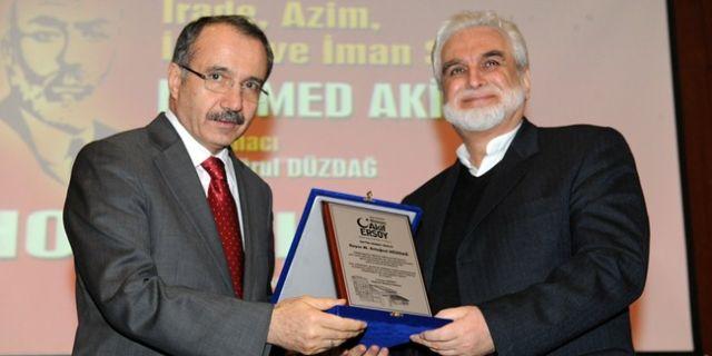 Mehmed Akif M. Kemal'i nasıl bilirdi?