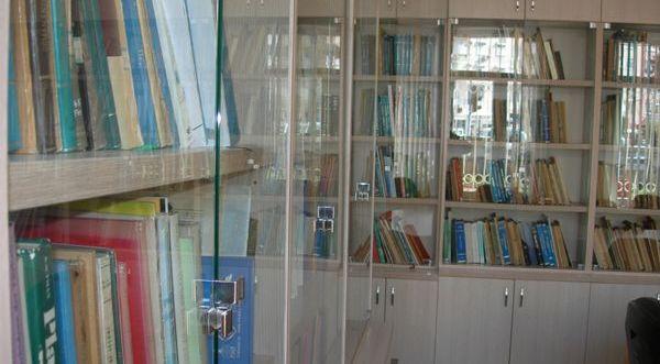 Üniversite kütüphanelerinin ıssız köşeleri
