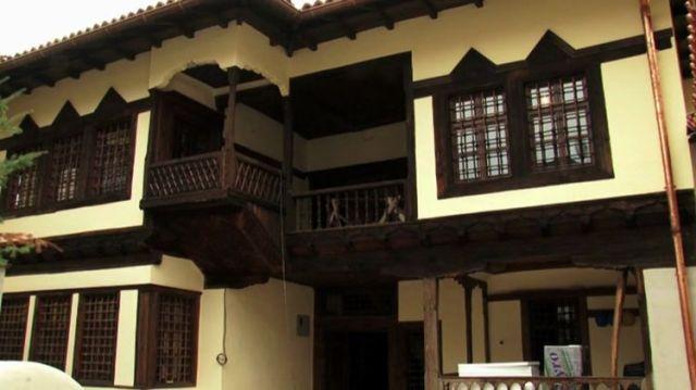Kosova'da Osmanlı şehzadesinin evi (Video Haber)