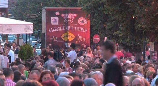 Bereket konvoyu Kosova'daydı (Video Haber)
