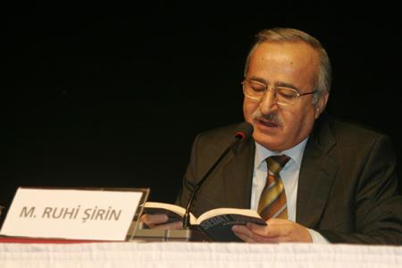 Mustafa Ruhi Şirin, içindeki 'çocuk adamı' anlatıyor