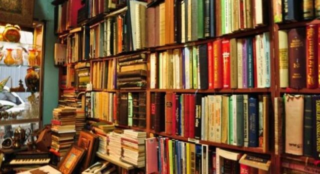 Hangi yayınevi ilk hangi kitabı basmış?
