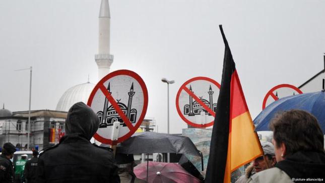 İslâm karşıtlığı sadece Batı'ya özgü değil (Video Haber)