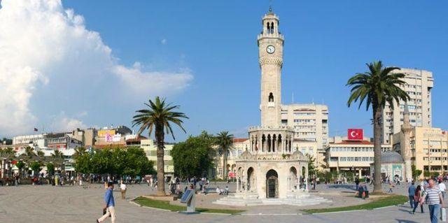 İzmir'de okuyan öğrencileri neler bekliyor?