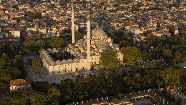 İstanbul, altındakiler ve üstündekilerle güzel