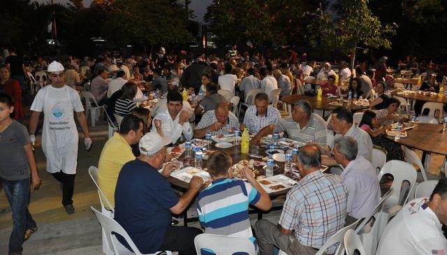 Ramazan İzmir'de tüm güzelliğiyle gelip geçti