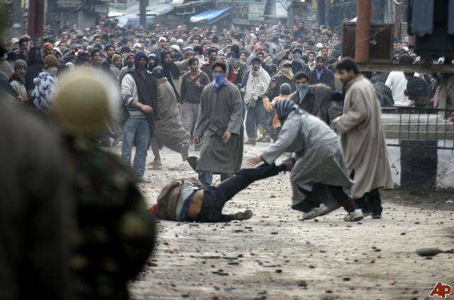 Keşmir'deki zulme ümmet neden sessiz?