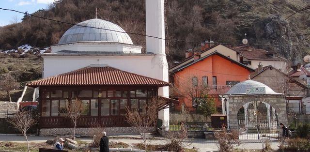Prizren Maraş Camii 500 yıldır ayakta (video)