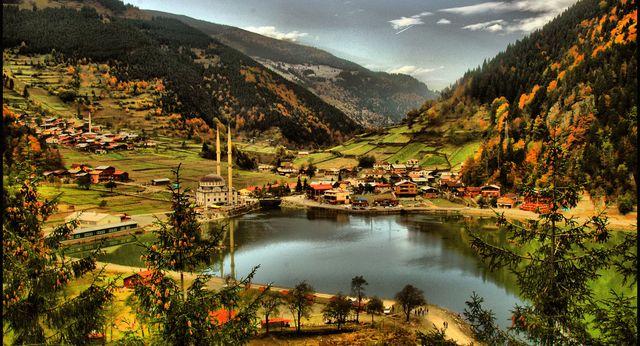 Rol Modelleriyle Şehirlerin Ruhu: Trabzon