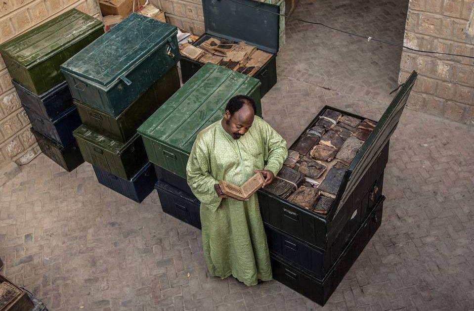Timbuktu'daki İlmi Mirası Teröristlerin Elinden Kurtardı