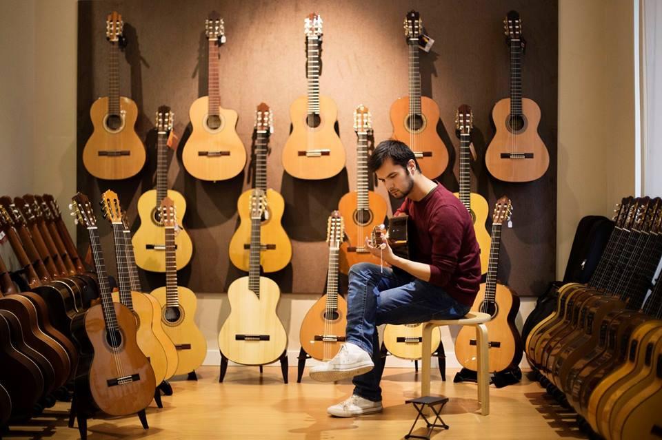 Boşnak Bir Gitarist ve İspanyol Müziğine Giden Yolculuğu