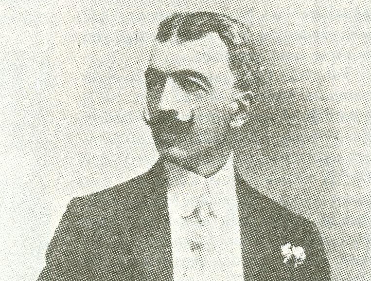 Ahmet Hikmet Müftüoğlu'nun Dünyasına Buyrunuz