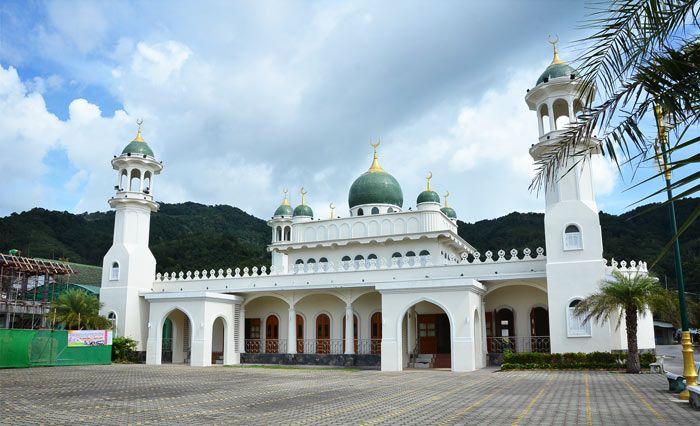 Phuket Müslümanları ve Birbirinden Güzel Camileri