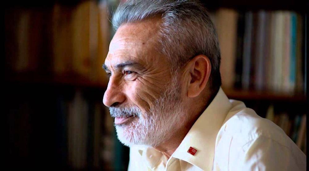 'Kalın' Bir Türk'ün Manifestosu: Türk müsün Amerikalı mı?