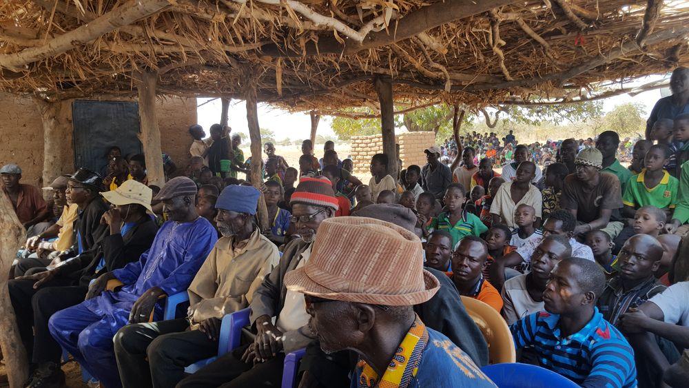 Burkina Faso'da Kralların Fötr Şapkası ve Bizdeki Şapka Devrimi