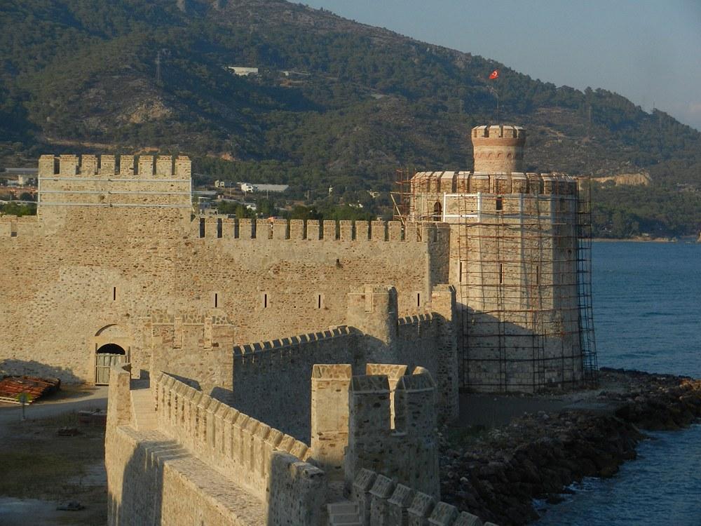 Akdeniz'de Muhakkak Görülmesi Gereken Bir Kıyı Kalesi: Mamure
