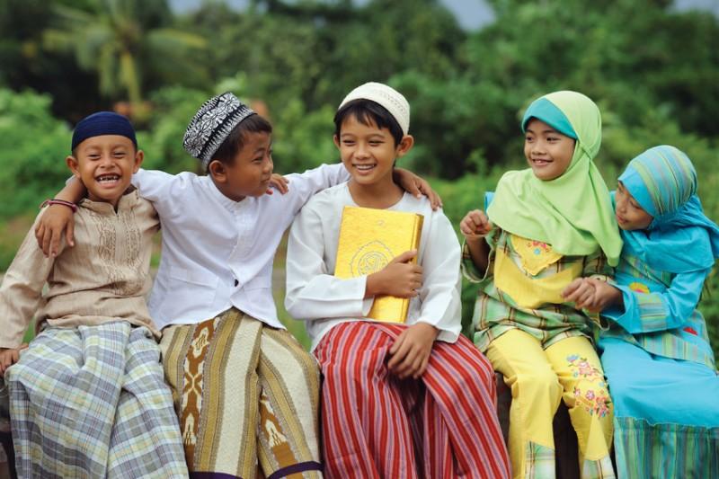 Anne Babalar İçin Bir Kılavuz: Edep Eğitimi