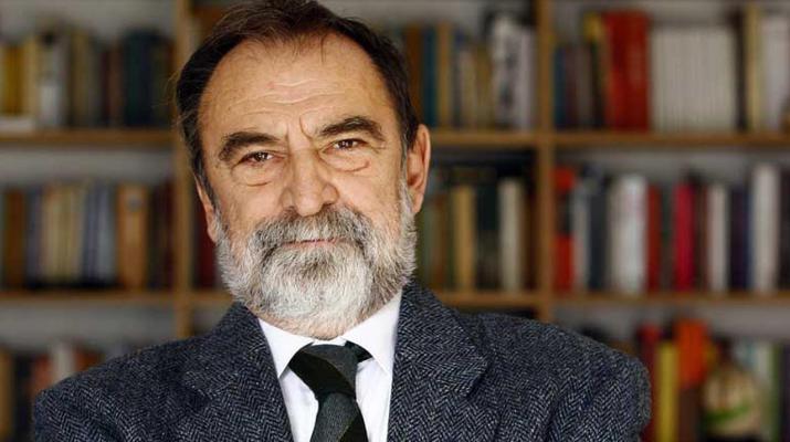 Murat Belge, Ahmet Haşim'den ve Şiirden Anlar mı?