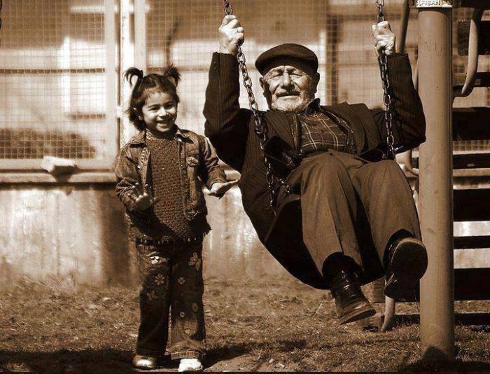 Şeceremiz Nereye Çıkar? Dedeye mi Büyükbabaya mı?