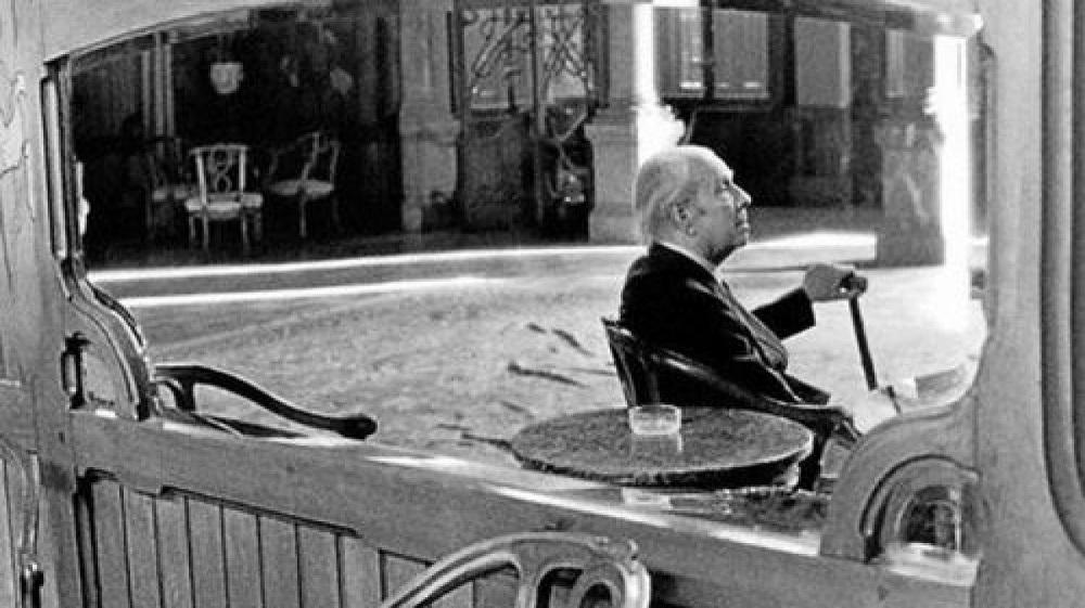 Borges: Karanlıkta yol alan hikâye karanlıkta son bulur
