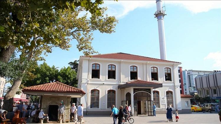 Ecdat Yadigarı Caminin Minaresi Aslına Dönüyor