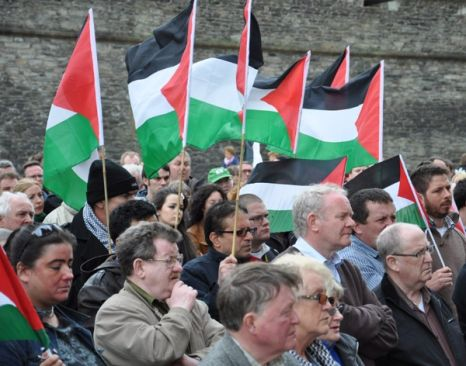 Filistin'e bir destek de Derry'den!