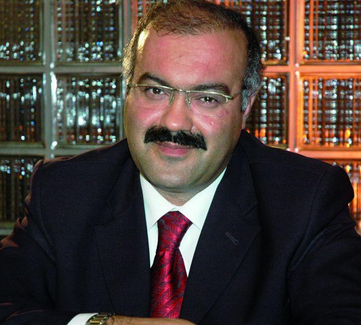 Mehmet Emin Ay'la Kısa Kısa