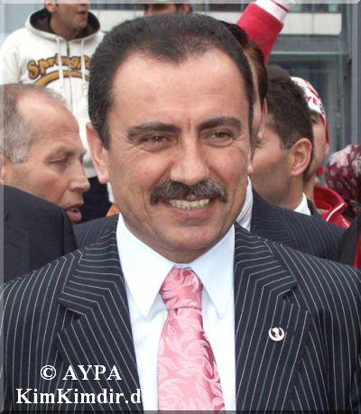 Yazıcıoğlu'nun yürek burkan şiiri!