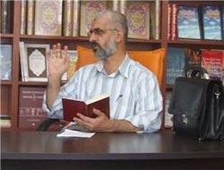 Müslüman yüzlü bir yazar!