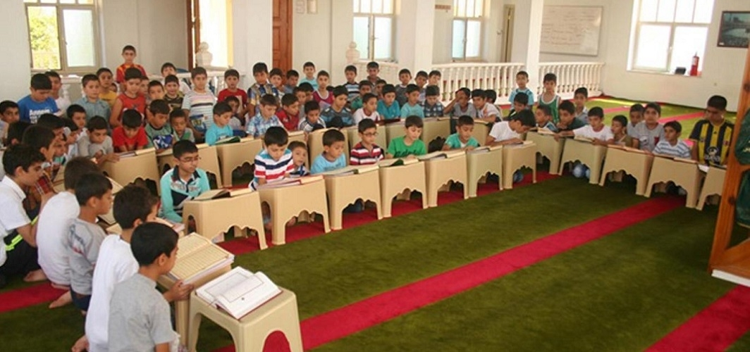 """Camiler çocuk dolsun, ahlakı Kur'an olsun"""