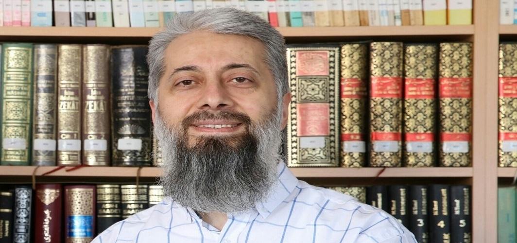 """Bedri Gencer: """"Geleneksel Osmanlı anlaşılmadan modernleşen Osmanlı anlaşılamaz."""""""