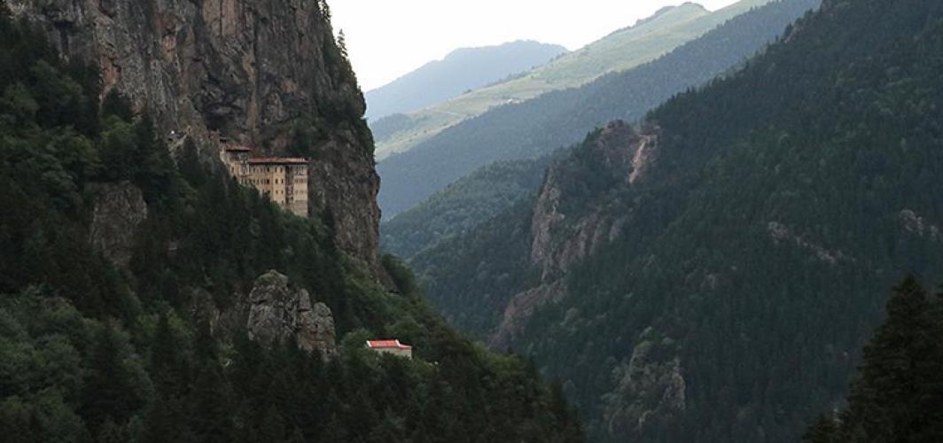 Sümela Manastırı Tamamen Hizmete Açılıyor